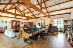 Kensaltown Studio A - Image Gallery of West London Studio | Miloco
