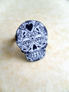 tattoo style day of the dead sugar skull ring