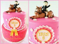 Horse cake Iris