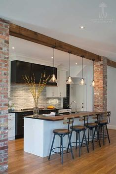 5 Vintage Kitchen Ideas to Inspire You! – Haus Dekoration 5 Vintage Kitchen Ideas to Inspire You! – Haus Dekoration,Haus 5 Vintage Kitchen Ideas to Inspire You! Home Decor Kitchen, House Design, Kitchen Design Small, Brick Wall Kitchen, Kitchen Remodel, Kitchen Decor, Interior Design Kitchen, Kitchen Tiles Design, House Interior