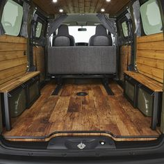 Diy Van Camper, Vw T3 Camper, Ford Transit Camper, Build A Camper, Vw T5 Interior, Campervan Interior, Van Conversion Interior, Camper Van Conversion Diy, Minivan Camping