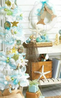 Beach Christmas Decorations & Ideas Inspired by Sea, Sand & Shells If you are like me, the beach is always on your mind, and it is definitely part of your holiday decor. So I put together a collection of favorite beach Christmas decorations and ideas Beach Christmas Trees, Coastal Christmas Decor, Nautical Christmas, Tropical Christmas, Beach Holiday, Coastal Decor, White Christmas, Christmas Crafts, Christmas Decorations