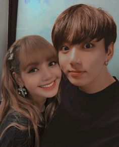 selcaaaa 🧡 i'm very captionless so this is what i could do ; George Washington Pictures, Bts Girlfriends, Jikook, Kpop Couples, Korean Couple, Blackpink And Bts, Foto Jungkook, Blackpink Photos, Sabrina Carpenter
