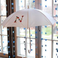 Crossing the Bugger-Dixon Line: Get Your Craft On | Cute as a Button Umbrellas