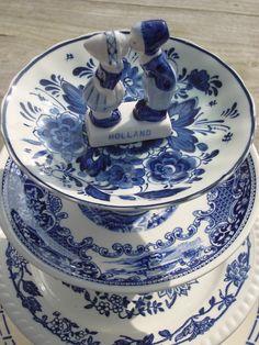 Delft Blue. Visit http://shop.holland.com/cadeau-souvenir/delfts-blauw/ for Dutch Design and modern Delftware