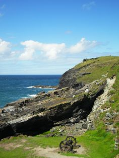 Tintagel Chakras, Stones, Mountains, Places, Water, Travel, Outdoor, Gripe Water, Outdoors