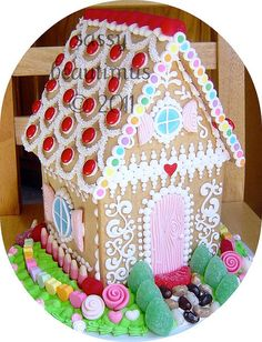 Gingerbread House by sassybeautimus, via Flickr