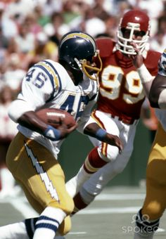 c4c81ecaf8a San Diego Chargers running back Chuck Muncie in action against the Kansas  City Chiefs at Arrowhead Stadium.