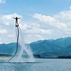 FlyBoard (Флайборд) #флайборд #флайбоард #fly #flyboard #flyboarding #flyingman #mountain #extreme #yolo #active #activepeople #sport #noalcohol #nodrugs #nature #people #summer #watersports #lake #mountainlife #reactive #likeforlike #likeforfollow #like4
