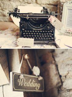 vintage typewriter as wedding guestbook