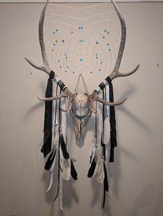 Wood For Arts And Crafts Refferal: 7569103391 Deer Skulls, Cow Skull, Animal Skulls, Skull Art, Deer Skull Decor, Deer Horns, Deer Antler Crafts, Antler Art, Diy Tumblr