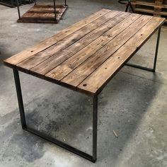 Eettafel 80- 200 cm lichthout