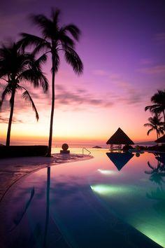Puerto Vallarta, Grand Velas Riviera Nayarit Hotel & Resort Pool, Tiki Bar