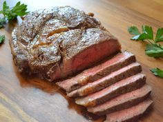 There's a reason steakhouses are so popular--cooking $20+ piece of meat at home can be intimidating. Learn how to make a restaurant-worthy steak at home with this How To.