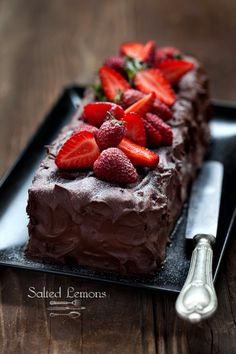 Chocolate cake with strawberries by Salted Lemons