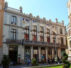 Ruta europea del Modernismo en Zamora - Ver Zamora Belle Epoque, Art Nouveau Architecture, Spain, Multi Story Building, Street View, Mansions, Country, House Styles, 1920s