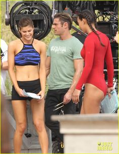Zac Efron Gets Flirty With Alexandra Daddario on 'Baywatch' Set