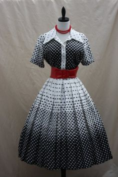 Fascinating Black and White TRIANGLE Couture VICTOR COSTA Full Skirt Frock