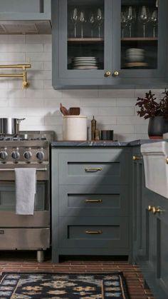 Dark Kitchen Cabinets, Kitchen Cabinet Colors, Painting Kitchen Cabinets, Kitchen Colors, Kitchen Cabinets With Hardware, Kitchen With Black Appliances, Colorful Kitchen Cabinets, Kitchen Hardware Trends, Painted Kitchen Island