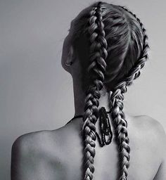 The Pinterest Styles That Scream #BraidGoals via @ByrdieBeauty