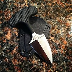 "Cold Steel Knives••""Best Pal"" Push Dagger"