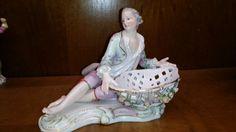 Meissen Figur Porzellanfigur Mann mit Schale