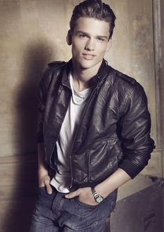 Simon Nessman is a 24 year-old Canadian model and the current face of Giorgio Armani. On a scale of 1 -10 how fashionable is he?