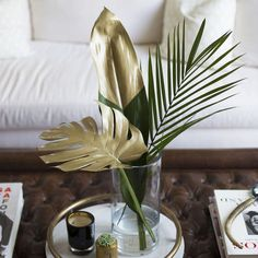 Chic DIY: Gold Painted Tropical Leaves | Lifestyle tips by Louise Roe #tropicaldecor