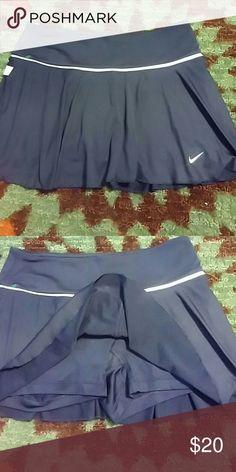 Nike dri fit navy blue with white waist trim skort Nike dri fit Nike Shorts Skorts
