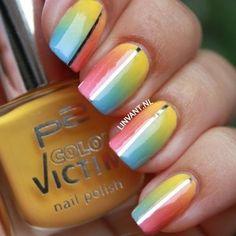 Twice as Happy nail art by Lin van T