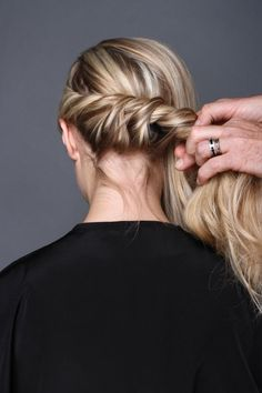 Enhance modern-day bridal hair with an infusion of Old Hollywood glam.