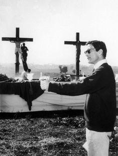 Pier Paolo Pasolini, Bob Fosse, Michelangelo Antonioni, Luchino Visconti, I Robert, About Time Movie, Film Quotes, Film Director, Quote Posters