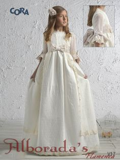 Colección de vestidos de comunión 2017, Cora de Niña Wedding Dresses For Girls, Baby Girl Dresses, Baby Dress, Flower Girl Dresses, First Communion Dresses, Baptism Dress, Première Communion, Kids Fashion, Fashion Outfits