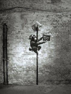 Graffiti Tattoo, Banksy Graffiti, Bansky, Street Art Graffiti, Graffiti Artists, Street Fighter, Book Photography, Famous Artists, Creative Art
