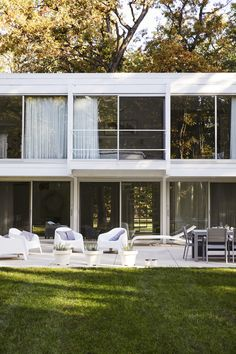 Photo 13 of 15 in Once Covered in Mold, a Midcentury Gem Outside Chicago Is Reborn - Dwell