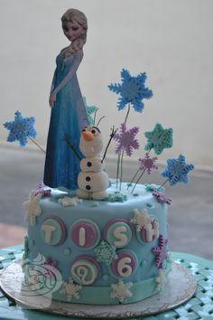 Disney's Frozen Fondant Cake