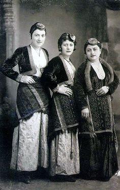 Pontic women