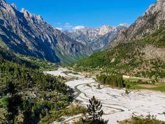 Die Wanderung über den Valbona Pass (1.811m) ist ein Höhepunkt der Reise.