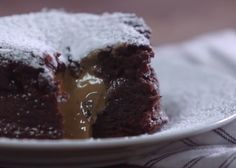 Learn how to make easy molten cakes filled with creamy peanut butter.