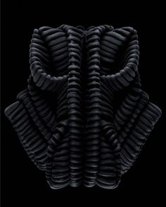 Designer Iris Van Herpen - Artwear by Frederik Lieberath Structured Fashion, 3d Fashion, Knit Fashion, Fashion Details, Sandra Backlund, Marionette, Iris Van Herpen, Trends Magazine, Textile Fiber Art