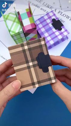 Diy Crafts Hacks, Diy Home Crafts, Craft Tutorials, Origami Box, Paper Crafts Origami, Cool Paper Crafts, Fun Crafts, Cute Spiral Notebooks, Craft Packaging