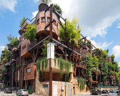 Green architectire by Luciano Pia