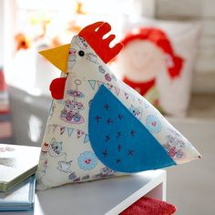 Chicken cushion by Debbie Shore | Create and Craft