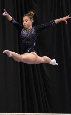Gymnastics Poses, Gymnastics Team, Gymnastics Photography, Gymnastics Pictures, Artistic Gymnastics, Olympic Gymnastics, Ramos Haircut, Katelyn Ohashi, Gal Gadot Wonder Woman