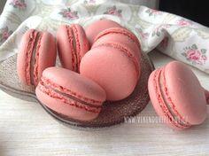 Makronky s Ruby čokoládou No Bake Cake, Macarons, Tiramisu, Cheesecake, Cupcakes, Baking, Breads, Recipes, Food