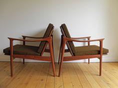 Frederik Kayser lounge chairs