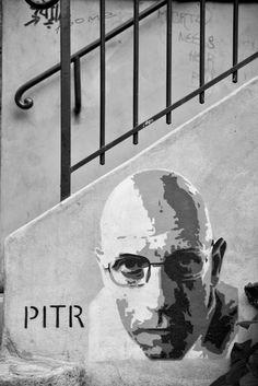 Artists Ella & Pitr...Paris
