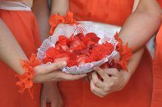 Μπολ από πετσετάκι. Χρησιμοποιήθηκε για το ρύζι του γάμου.