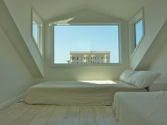 8 Admirable Tips: Attic Conversion Stairs attic design heavens. Small Attic Room, Small Attics, Attic Spaces, Attic Playroom, Attic House, Attic Closet, Attic Renovation, Attic Remodel, Attic Staircase