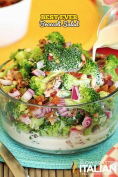 The Best Ever Broccoli Salad is a simple recipe combining broccoli, bacon, raisins, onion… Best Broccoli Salad Recipe, Salad Recipes With Bacon, Easy Salad Recipes, Broccoli Recipes, Avocado Recipes, Salmon Recipes, Healthy Dinner Recipes, Broccoli Salads, Healthy Foods